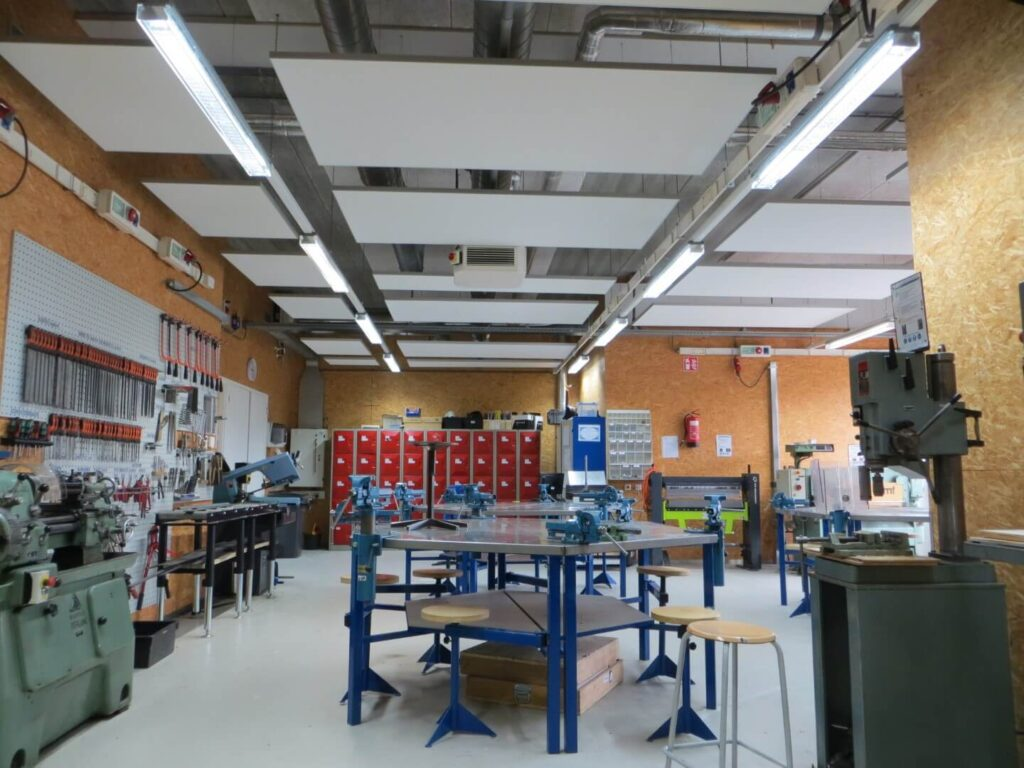 AKMA_Akoestische_Panelen_Project_Praktijkschool_Breda (1)